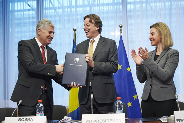 Bosnia's EU Candidacy Cannot be Sustained by Minimal Internal Compromises